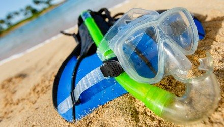 snorkeling_equipment